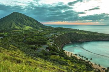 Tour di mezza giornata a Diamond Head alla costa dell'isola di Oahu