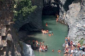 Excursion d'une demi-journée dans les gorges d'Alcantara au départ de...