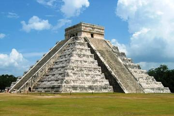 Chichen Itza the Original Tour from Cancun and Riviera Maya