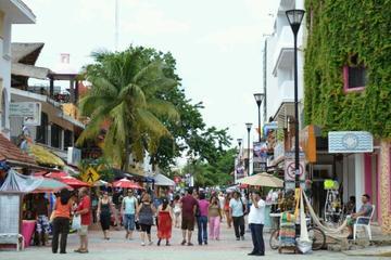 Playa del Carmen-Quinta Avenida Charming Evening from Cancun