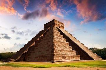 Special Spring Equinox Chichen Itza Tour from Cancun