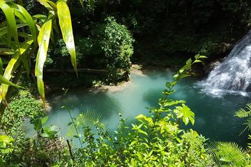 Private Blue Hole Excursion From Runaway Bay Hotels