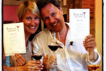 2-hour Tuscan Wine Tasting Workshop in Siena