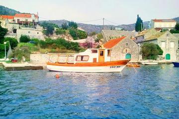 Recorrido en barco por las tres islas: Picnic de pescado desde...