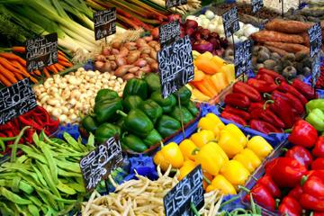 Excursión gastronómica en pequeños grupos por Naschmarkt (Viena)