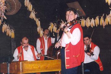 Show de folclore com jantar em Budapeste