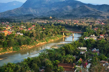 Small-group Nam Khan River Valley Hiking Trek and Paddle from Luang...