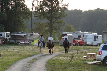 Book Couples Escape On Horseback on Viator