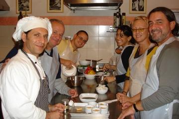 Aula de culinária toscana e jantar em Florença