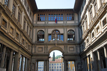 Evite las colas: visita a la Galería de los Uffizi en Florencia