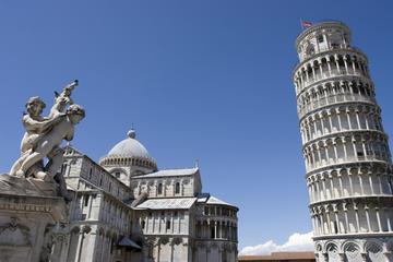 Excursión de medio día semiindependiente a Pisa en autobús desde...