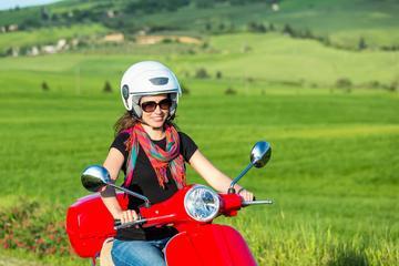 Excursión en Vespa de Fiesole y Mugello desde Florencia con cata de...