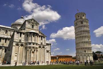 Pisa Walking Tour: Cathedral Square
