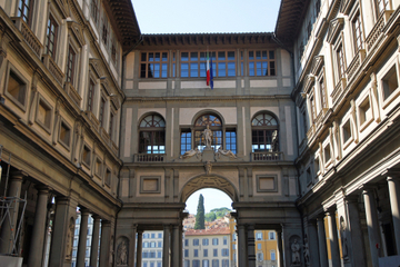 Spring køen over: Firenze - tur til Uffizi-galleriet