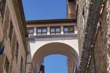 Through the Vasari Corridor Overpass: Palazzo Vecchio to Uffizi Gallery