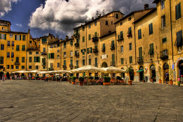 Tour privato: Lucca e Pisa con degustazione di pasticcini tipica