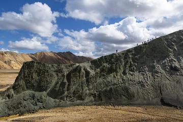 Recorrido de un día al valle Saga y Landmannalaugar desde Reikiavik