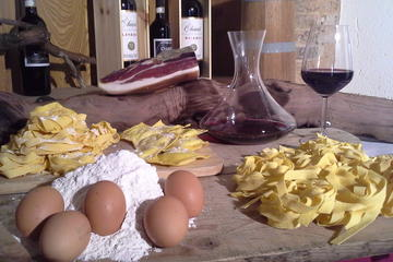 Cooking Class in Traditional Tuscan Farm