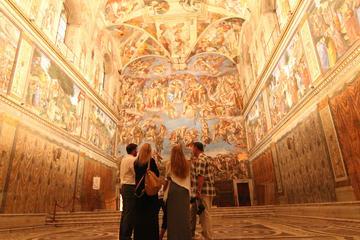 Museus do Vaticano antes do horário...
