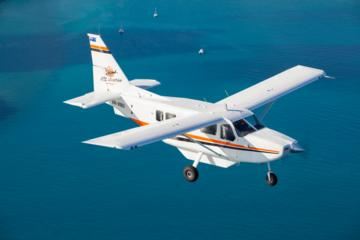 Great Barrier Reef Flight, Green Island Day Trip from Cairns