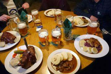 Private Beer Tour with 10 Drinks and a Meal in Prague