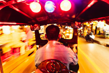 Private Tour: Bangkok By Night with a Local