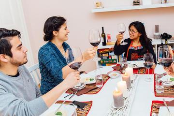 Traditionelles, hausgemachtes peruanisches 3-Gänge-Abendessen mit...