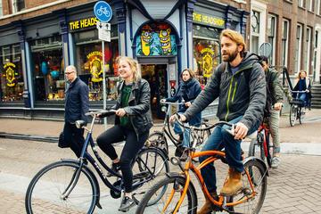 Visite privée d'Amsterdam en vélo avec un guide local