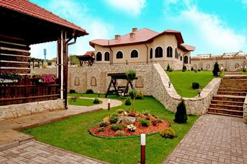Wine tour to Chateau Vartely Winery from Chisinau