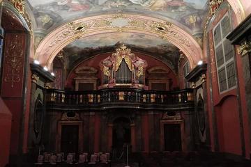 Excursion dans la vieille-ville de Prague avec un concert classique