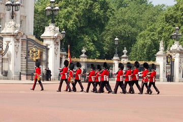 Excursão matinal por Royal London incluindo cruzeiro fluvial