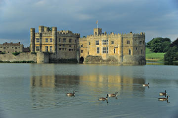 Leeds Castle Private Viewing, Canterbury and Greenwich Day Trip from...