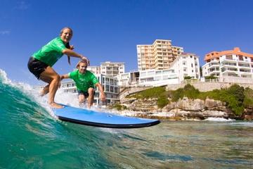 Surfunterricht am Bondi Beach von Sydney