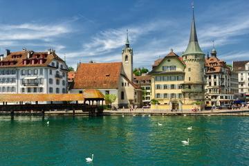 Excursion de 4 jours au départ de Lucerne à Zurich, comprenant le...