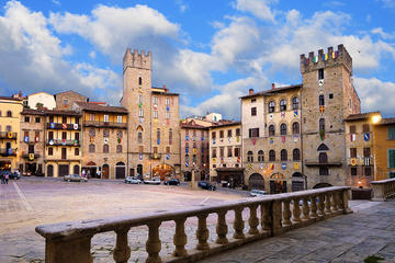 Full-Day Private Tour to Arezzo and Cortona from Siena