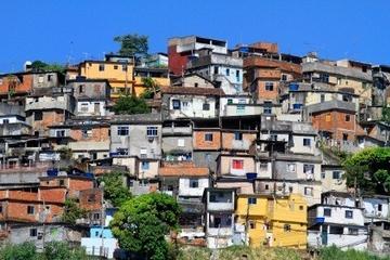 Excursão pela favela no Rio de Janeiro