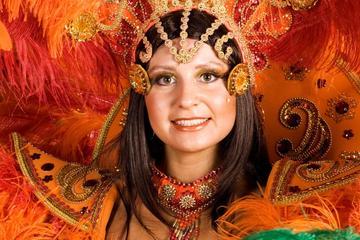 Ingresso para o Desfile de Carnaval no Rio de Janeiro com Transporte...