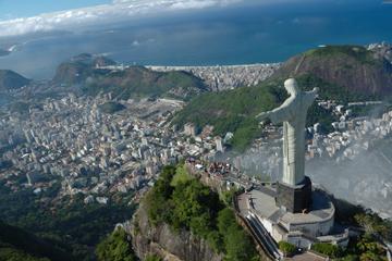 Rio de Janeiro Super Saver: Zuckerhut-Tour und Hubschrauberrundflug...