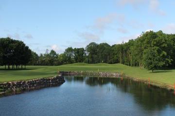 18 trous au Castle Barna Golf Club comprenant la location des clubs