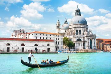 Gondeltocht en serenade in Venetië