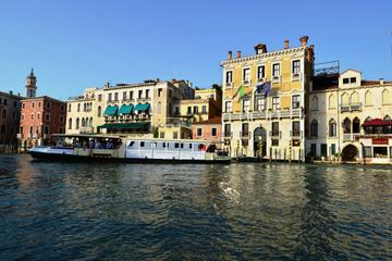 Private Arrival Transfer: Treviso Airport to Venice Hotels 2018