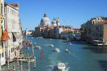 Shared Departure Transfer: Venice Hotels to Venice Train or Bus Station