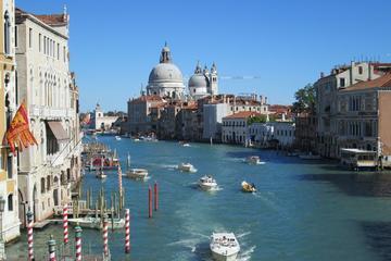 Trasferimento condiviso alla partenza: dagli hotel di Venezia alla
