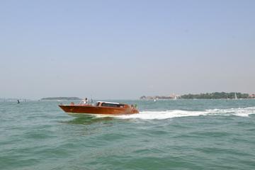 Traslado privado para salidas: hoteles de Venecia a Venecia a...