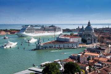 Venice Shared Departure Transfer: Central Venice to Marittima Cruise Port
