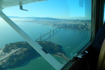 Rundflug über der San Francisco Bay