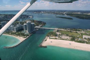 Excursão aérea por South Beach