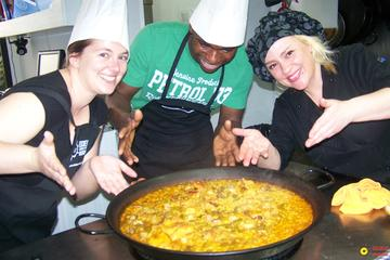 Paella Cooking Class and Valencia Historical Guided Tour