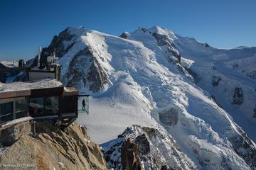Chamonix, parcours sur le téléphérique de l'Aiguille du Midi et...