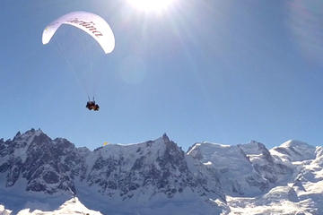 Paragliding Experience from Aiguille du Midi Including Scenic Cable...